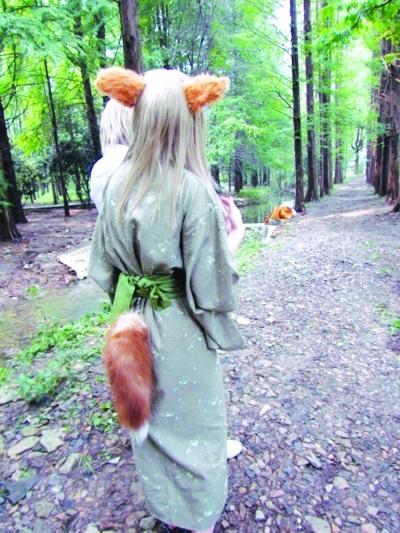 我是狐狸精!吊袜带情趣内衣图片