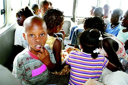 图文:美国贩子拐卖儿童
