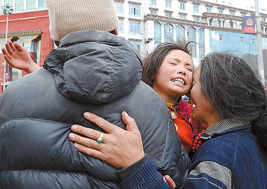 13岁藏族女孩被救出