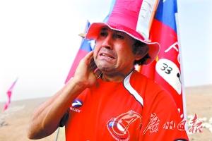 智利被困矿工救援隧道打通最快两天后升井(图)