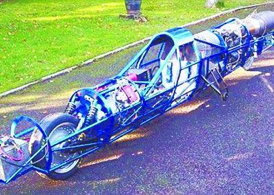 装着喷气式发动机 英国牛人设计摩托车堪比飞机