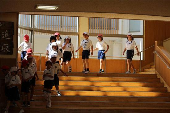 伊利方舟首次扬帆海外跨国交流儿童安全教育