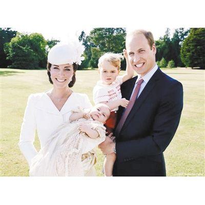 威廉王子一家四口全家福公开图片