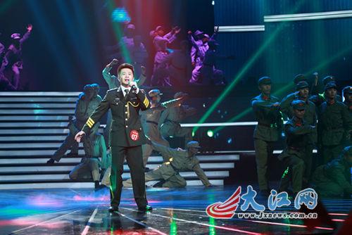 2012年中国红歌会冠军诞生阿普萨萨夺冠(图)