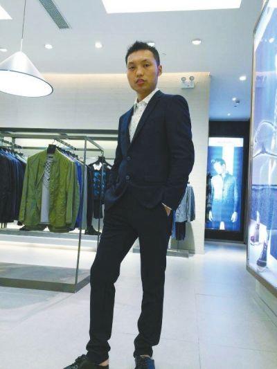 生活中的李帅是个热心肠,家人表示他做好事不值得惊奇。