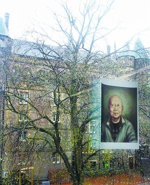 """网友""""胖头鱼_小王""""拍于英国,窗外是罗琳写哈利・波特的魔法学院""""霍格沃茨""""的原型"""