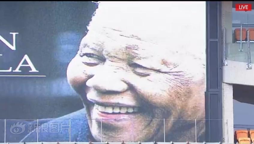 我们深切地思念他,愿上帝保佑曼德拉的灵魂,愿上帝保佑南非民众!图片