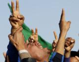 利比亚人为空袭死难者举行葬礼