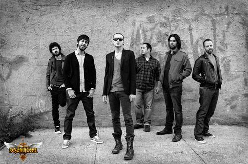 图5:Linkin Park成员合影