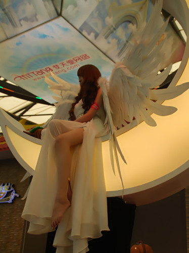 梦天堂月亮天使朱弘