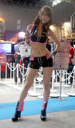 TGS2012showgirl