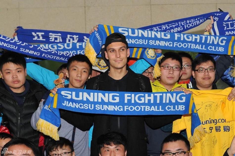 苏宁大年初三开启新赛季备战 亚洲外援抵达南京