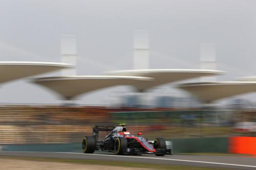 图文-F1中国站第2次练习赛 迈凯轮车队巴顿