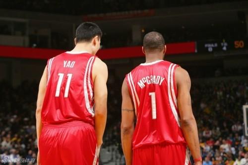 图文-麦蒂入选NBA名人堂 曾经MM是火箭的招牌