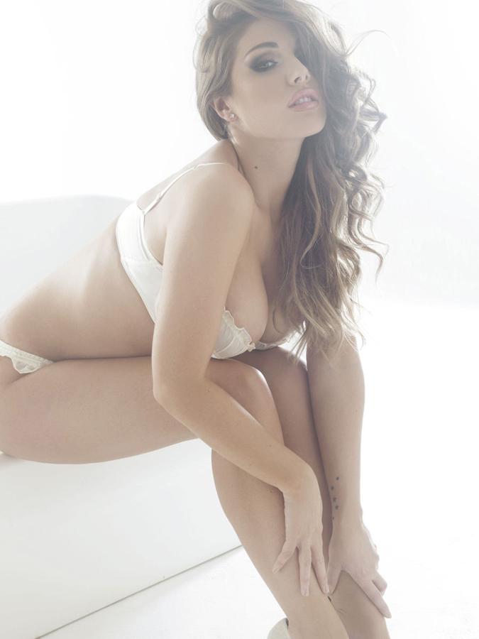 欧美压乳性感拍摄 身材美女 性感美女