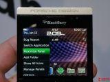 黑莓 P9981
