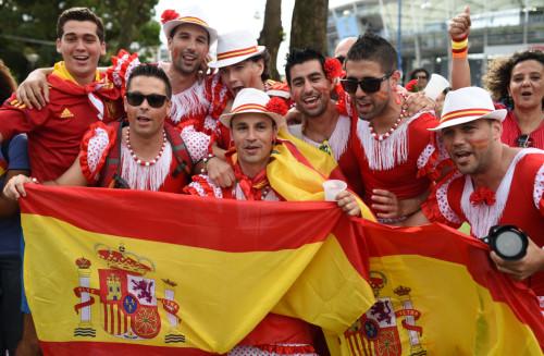 高清图-西班牙荷兰火爆球迷