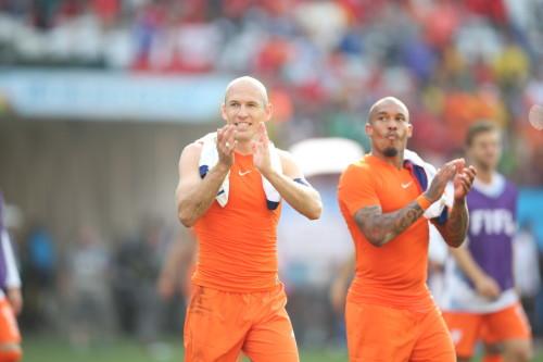 高清图-新浪直击荷兰2-0智利