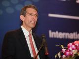 波特巴:中国发展需要依靠西部地区