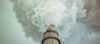 烟囱呈现出污染之美:呈现人类未来面对的威胁