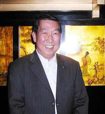 萨科奇邀请法国华裔随同访华