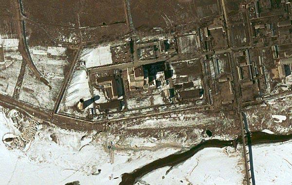 背景资料:朝鲜宁边核设施(图)