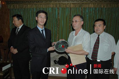 新疆海外交流协会慰问巴基斯坦华人华侨
