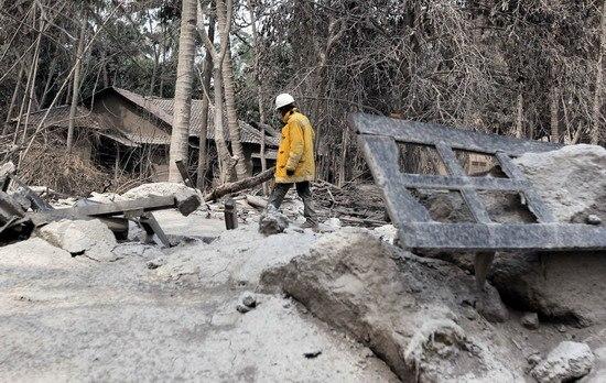 印尼默拉皮火山爆发已致153人死亡