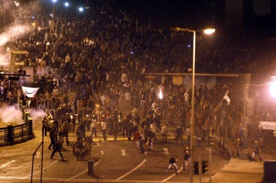 埃及总统宣布在开罗等3个城市实施宵禁(组图)
