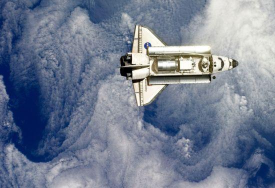 美国发现号航天飞机开始最后一次返航