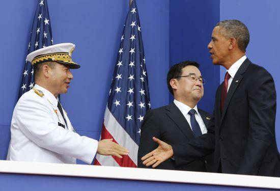 美国总统奥巴马27日在华盛顿举行的朝鲜战争停战60周年纪念仪式