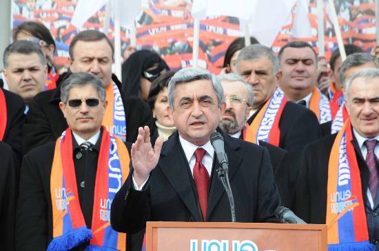 亚美尼亚新总统就职