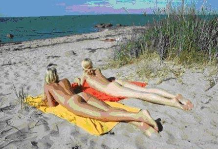 组图:斯堪地纳维亚国家允许公共场合裸体