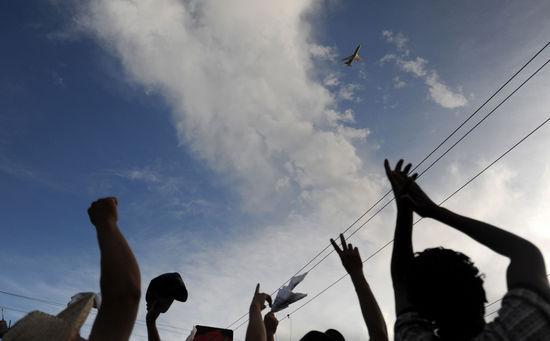 洪都拉斯被逐总统专机已转飞至尼加拉瓜