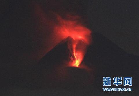 印尼默拉皮火山大规模喷发至少69死71重伤(图)