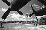 菲律宾在南沙群岛岛礁上秘密修建兵营