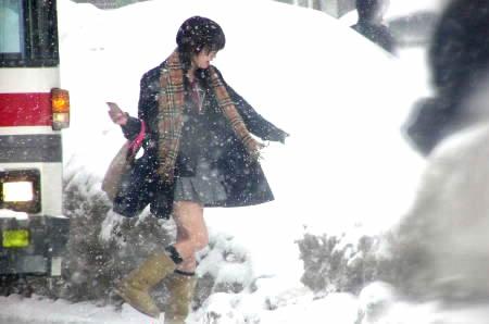 日本女生冬天咋就不怕冷