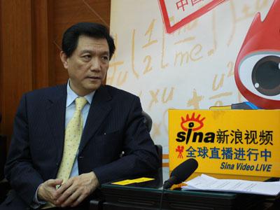高教社社长李朋义:外语学习须持之以恒