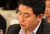 澳大利亚迪肯大学中国招生代表孙径为选手打分