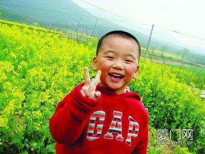 7岁就出书,黄润成了学校里最闪亮的小明星。