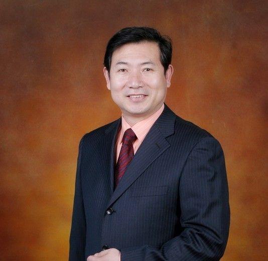 北京小学校长印象:李明新(图)图片