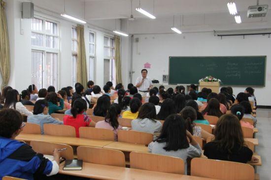 校园关注:燕京理工学院聘众多知名专家