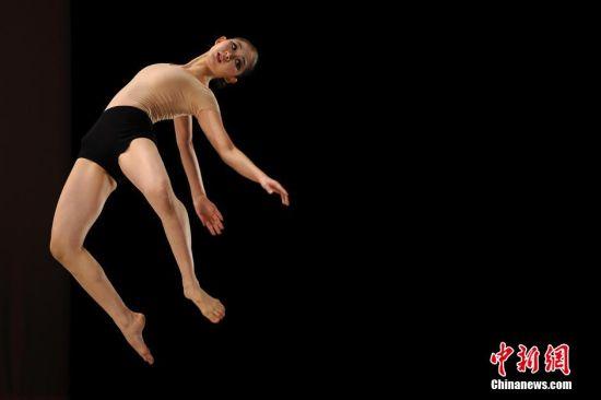 图为韩国的芭蕾舞女演员