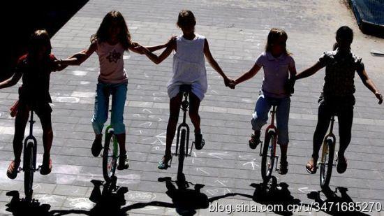 荷兰家庭的性教育大多从孩子6岁开始