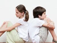 调查称八成小学生抵触二胎 爸妈要先做沟通