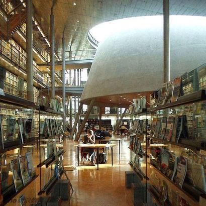 荷兰,德夫特科技大学中央图书馆。Central Library, University of Technology, Delft, Netherlands