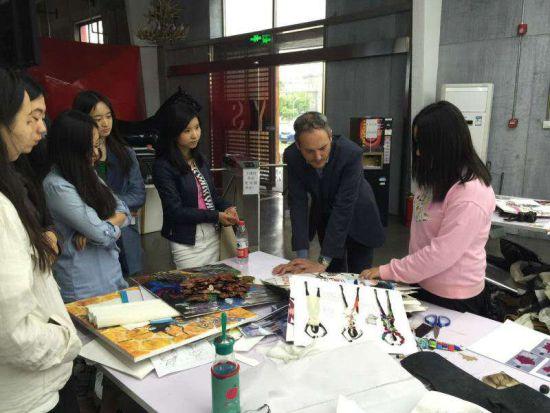 英圣艺术高中:中国唯一一所专科艺术高中读国际好不好联盟图片