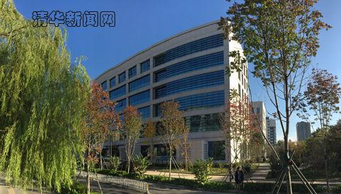 新大楼北门通往i.Center创客空间。
