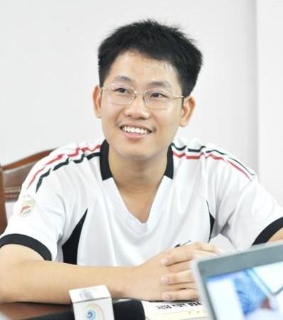 文昌中学高三八班王星焘(男)获得文科状元