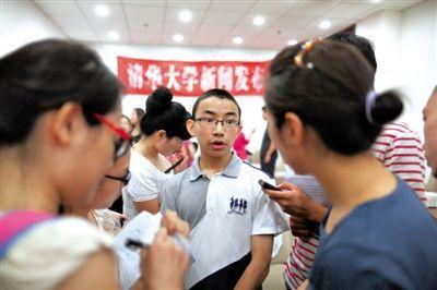 昨日,13岁的范书恺在接受记者采访